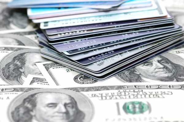 Що краще - кредит готівкою або кредитна карта?