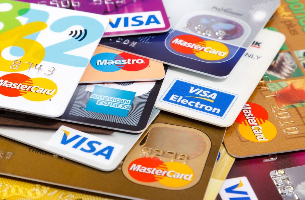 Плюси і мінуси кредитної картки