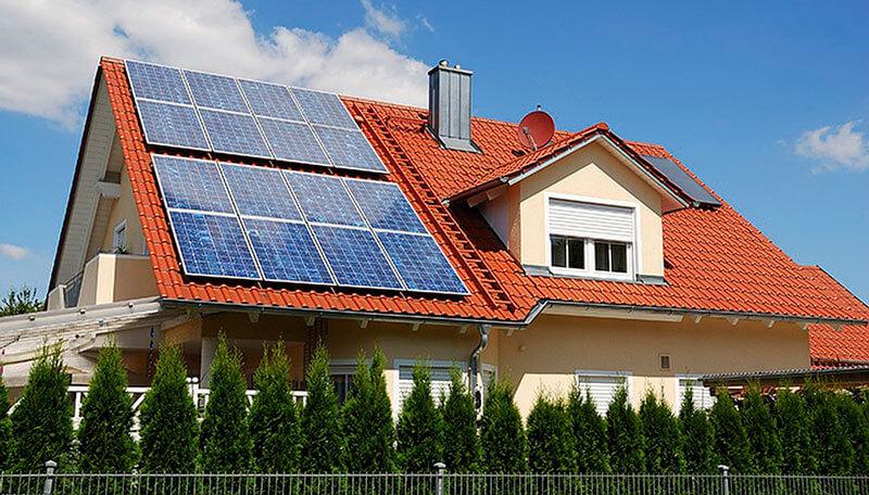 Плюси і мінуси сонячних панелей