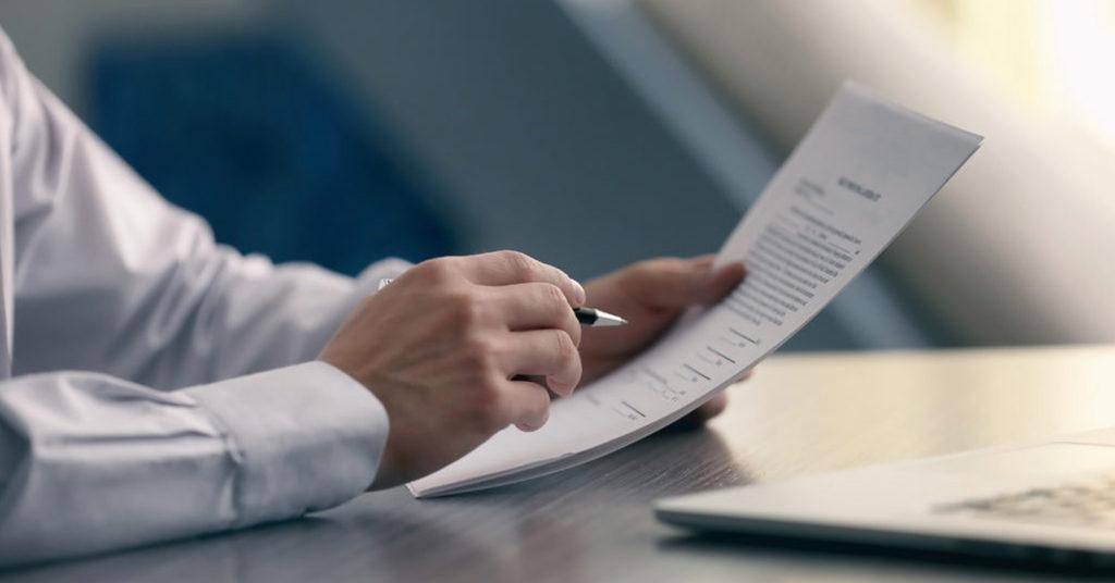 Оформлення кредитного договору в ПриватБанку. Фото: