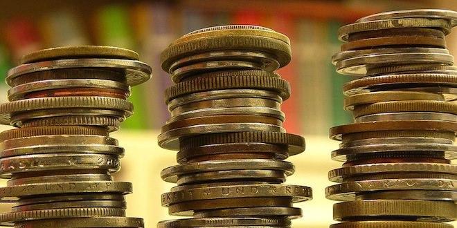 У якій валюті зберігати гроші в Україні?