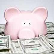 Як навчитися накопичувати гроші?